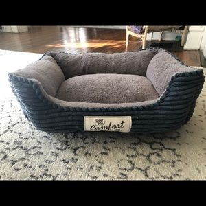 Steel blue small pet bed
